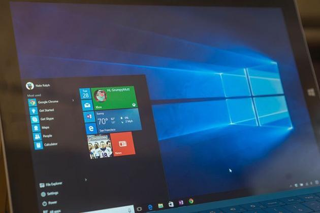Ilustrasi Windows 10 - internet